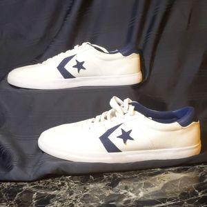 Men's size 12 converse shoes NWOT